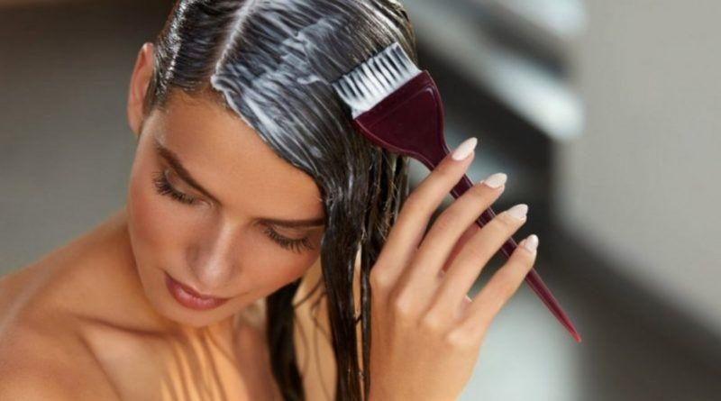Cómo pintar el cabello rubio cenizo sin decolorar